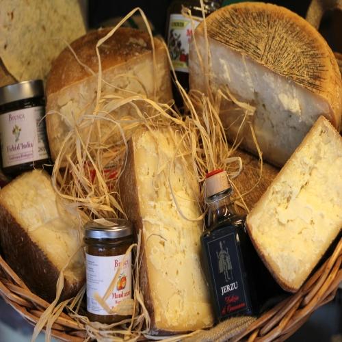 Tentazioni sarde prodotti tipici sardi italy eat food for Roma prodotti tipici