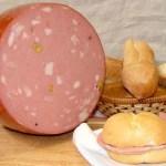 Mortadella-di-Bologna-prodotti-tipici-emilia-romagna