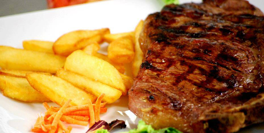 Place's_Pub_carne_patatine