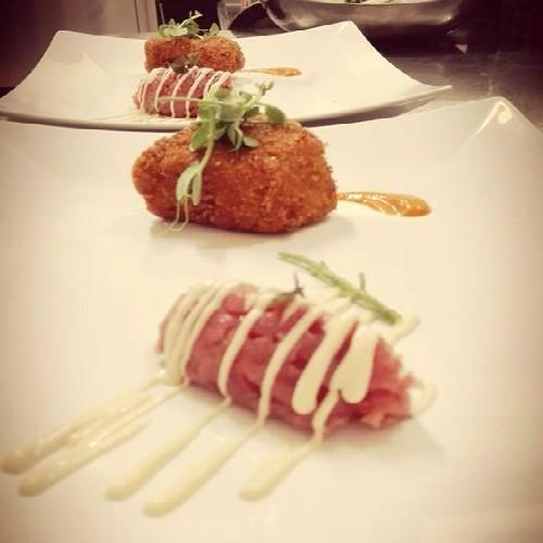 ristorante_paneolio_bed_and_breakfast_food_and_drink_poggio_picenze_l_aquila_secondo_carne_tartare_e_polpetta
