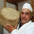 Sardinian_pecorino_direct_sale_italy_eat_food